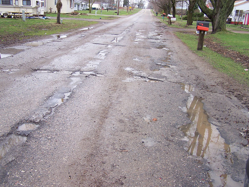 Report: MI among worst in nation for rural roads and highways