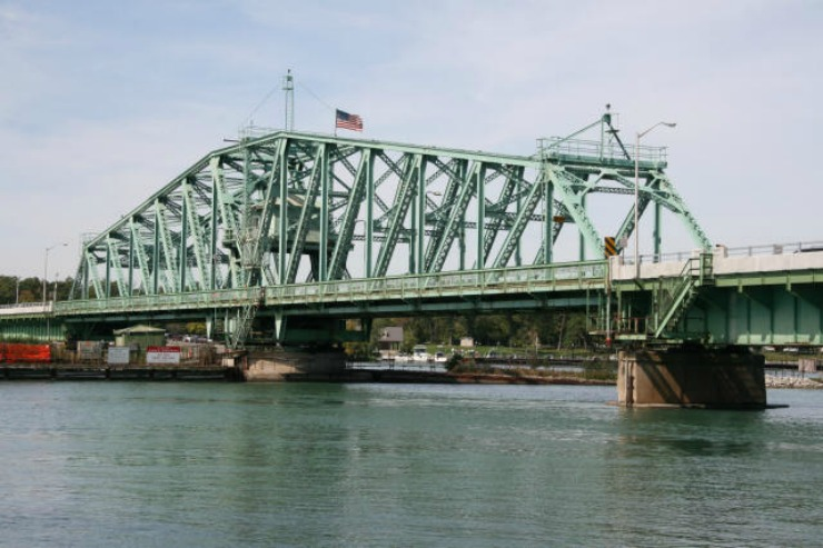 3 decayed piers found in Grosse Ile Bridge inspection; repairs to snarl traffic