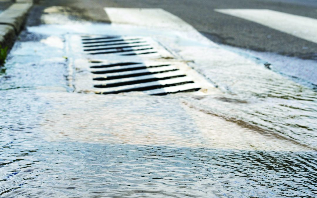 Traverse City: High water causing swamped sewers