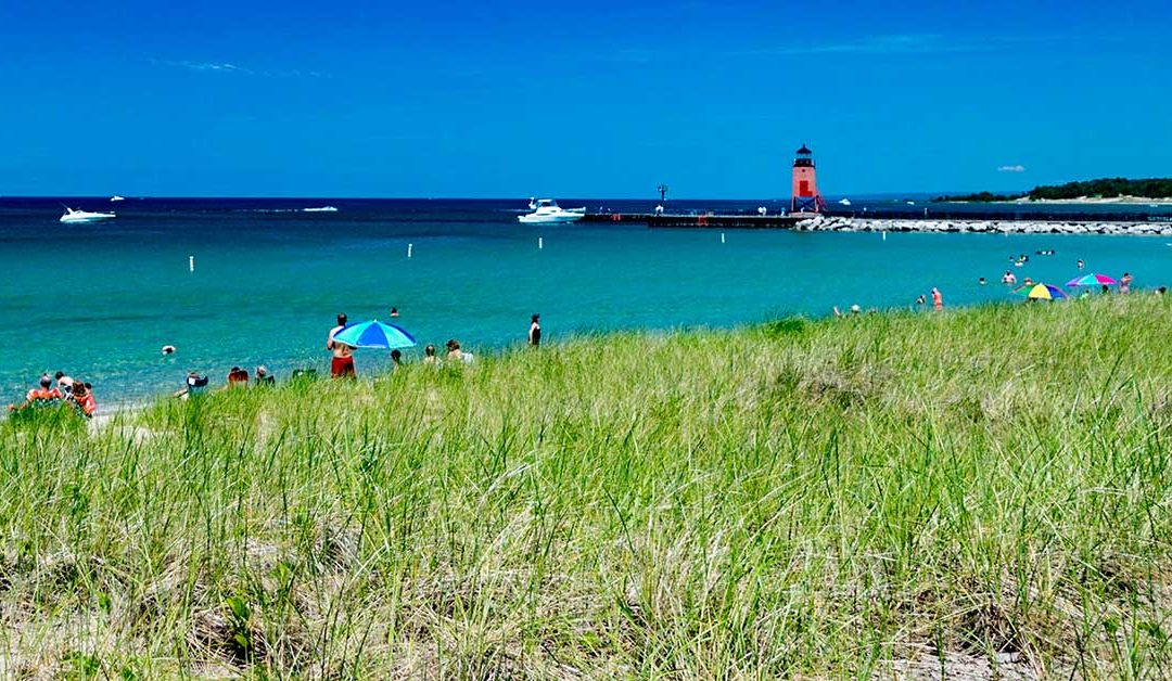 Beach closures prompt questioning of how lakes, sewers are maintained