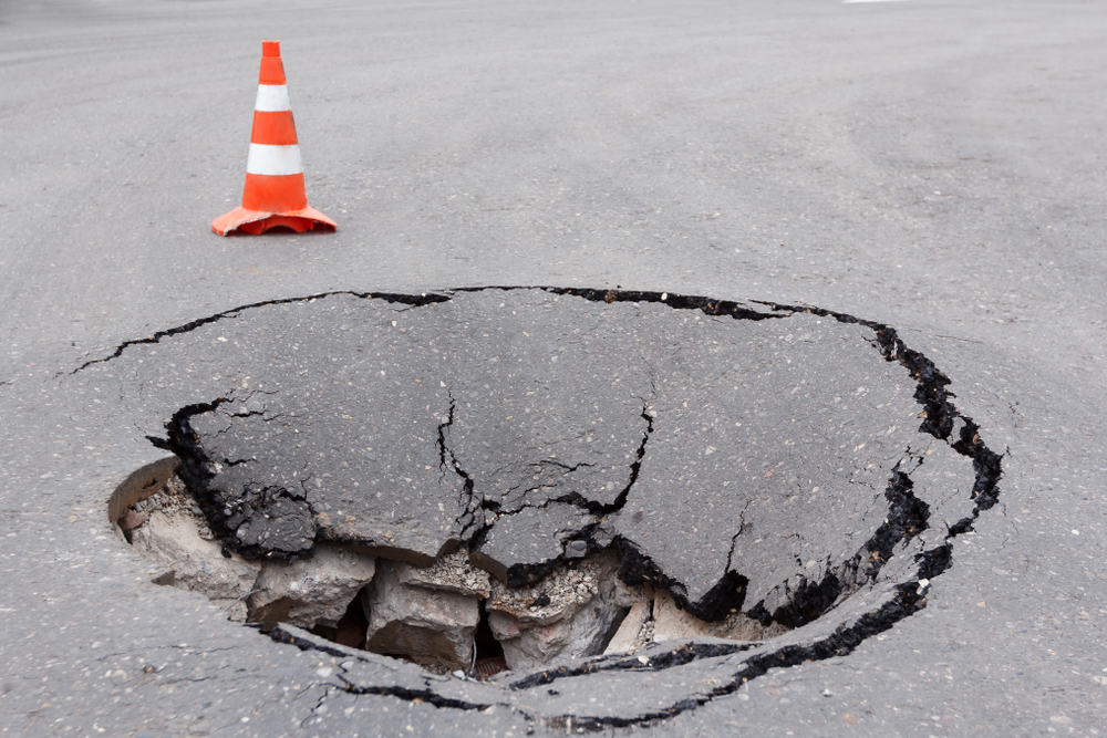 Sinkhole closes portion of Larned Street in downtown Detroit
