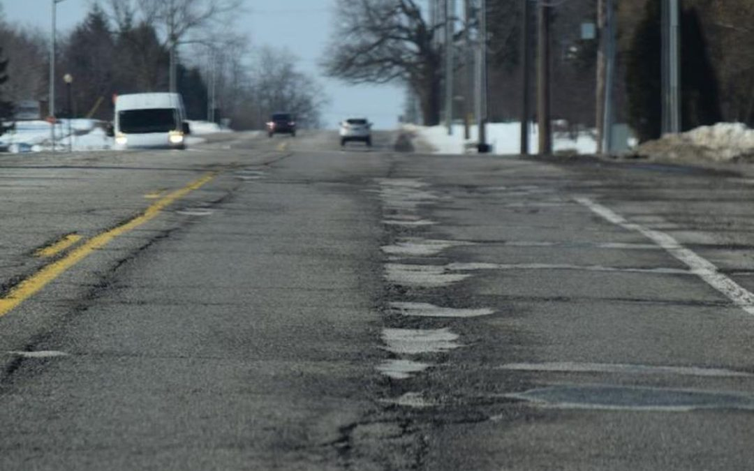 Oakland County commissioners want state's road funding formula changed