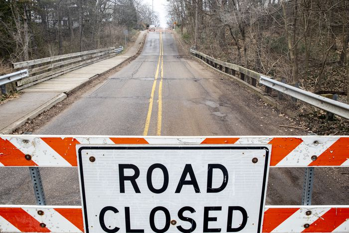 Kalamazoo bridge closed after inspection shows damage