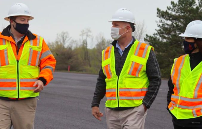 Whitmer, Moolenaar check out $14 million project on U.S. 127 in Clare County